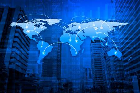 negocios internacionales: Concepto global de conexi�n de negocios en la torre de la ciudad, elementos de esta imagen proporcionada por la NASA