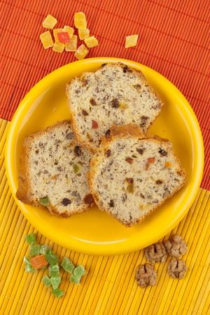 fruitcake: Three slices of fruitcake