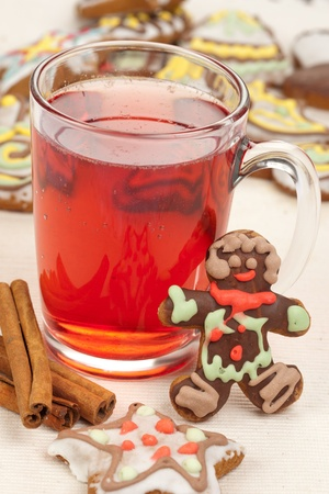 Red drink and gingerbread photo
