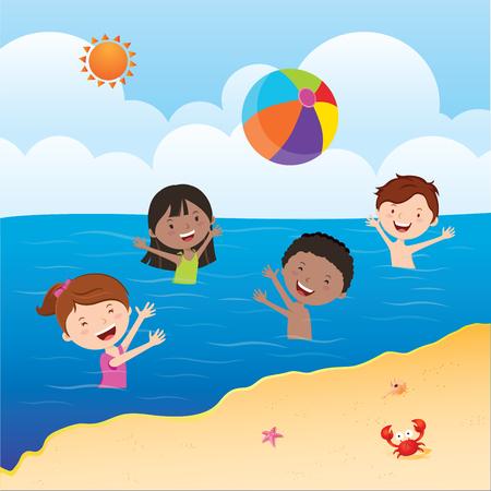 Kinder spielen Wasserball. Glückliche Kinder, die Wasserball im Meer unter der Sonne spielen. Standard-Bild - 84618148