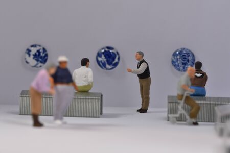 scale 187 figures in a museum