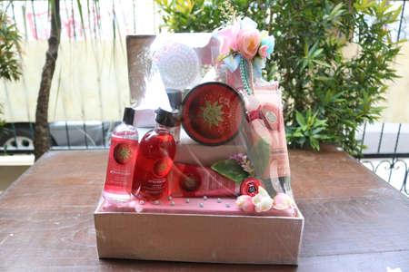 Seserahan | Gift for Married, Beauty Equipment, Perfume, flower