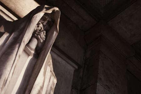 mortal: mortal statue from a graveyard