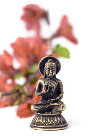 buddah whith red flowers
