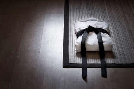 spotlighted judo gi Standard-Bild