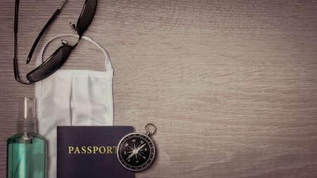 Mask and Passport, safe traveling during pandemic Standard-Bild