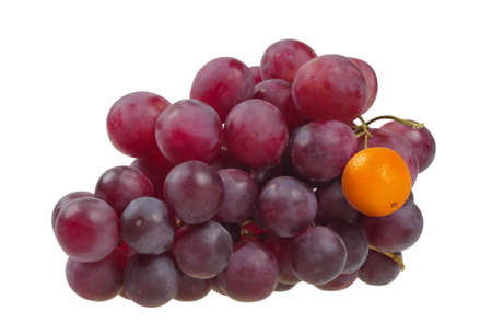 originality: Bunch of red grapes, which has a Grape replaced by Mandarin. It symbolizes the difference. The concept of originality.