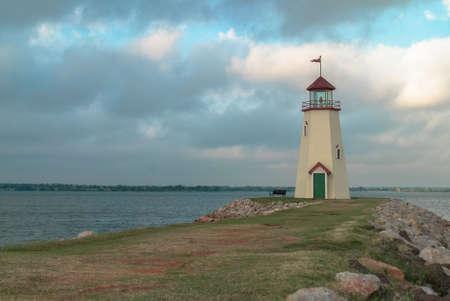 oklahoma city: Lake Hefner Lighthouse