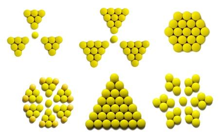 radiactividad: firmar la radiactividad, nido de abeja, flores y copo de nieve fall� con drogas amarillas (aislado)