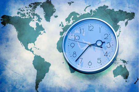 orologio da parete: Abstract background di affari. Mappa del mondo con orologio da parete Archivio Fotografico