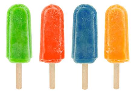 paletas de hielo: paletas colores cuatro aisladas sobre fondo blanco.