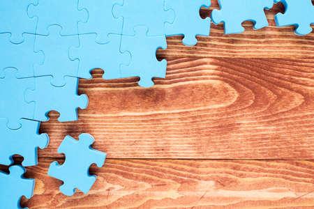 pacto: Rompecabezas en el concepto de negocio background.Team de madera marrón