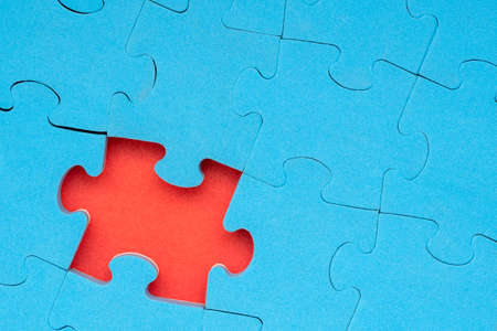 Jigsaw puzzle with missing piece. Problem solution or completing the task Standard-Bild - 119419422