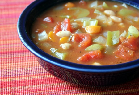 Vegetable soup Stock Photo - 10385620