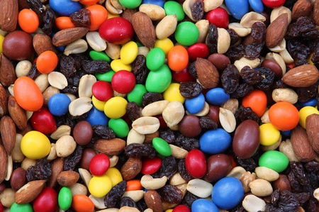 mixed nuts: Fruit and nut trail mix