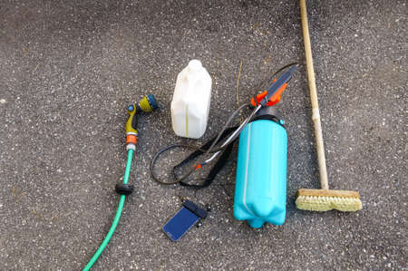 presure: tools you need to wash of the facade exterior before painting, water whose, broom, cleaning chemicals, low presure spray.