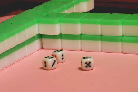 mahjong: Mahjong Three Dice 666