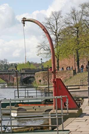 hijsen: Boot Hoist op Dee in Chester UK