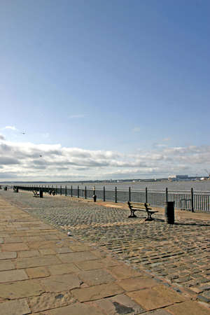 mersey: Waterfront Promenade on the River Mersey in Liverpool England UK