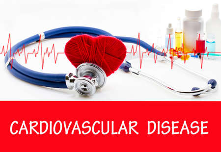 The diagnosis of cardiovascular disease. Phonendoscope and vaccine with drugs. Medical concept. Standard-Bild
