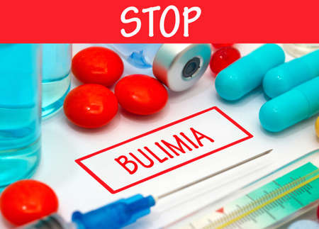 bulimia: Stop bulimia. Vaccine to treat disease. Syringe and vaccine with drugs.