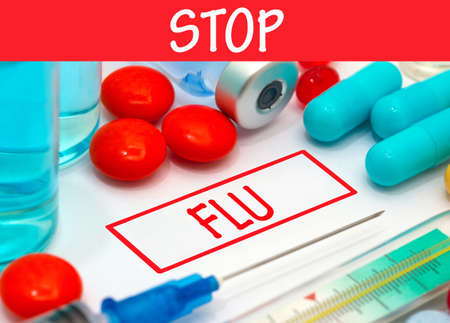 flu vaccine: Stop flu. Vaccine to treat disease. Syringe and vaccine with drugs.