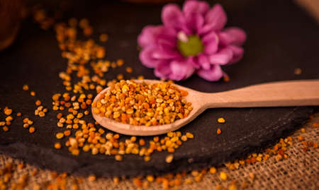 granule: healthy granule pollen-Bee Pollen. Agriculture