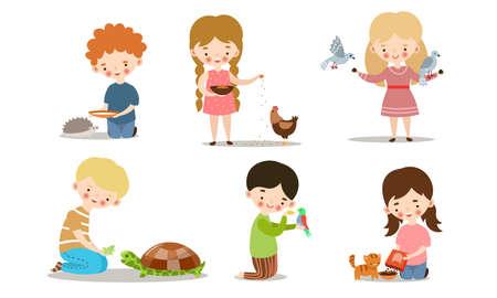 Ensemble de collection de mignons petits garçons et filles nourrissant des animaux. Enfants adorables s'occupant du concept d'animaux sauvages et domestiques. Icônes isolées définies illustration sur fond blanc en style cartoon.