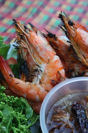 pla: Sadao Nam Pla Wan (Thai food), Grill shrimp with neem and sauce made from fish sauce, dry shrimp,chili,sugar and Shallots  Stock Photo