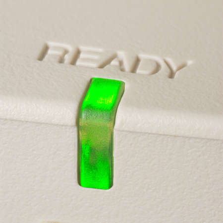 緑点灯スキャナーの準備完了インジケーター ライト 写真素材