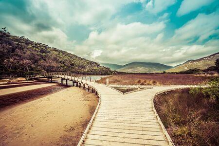 wilsons promontory: Wooden footbridge across Tidal River. Wilsons Promontory, Victoria, Australia