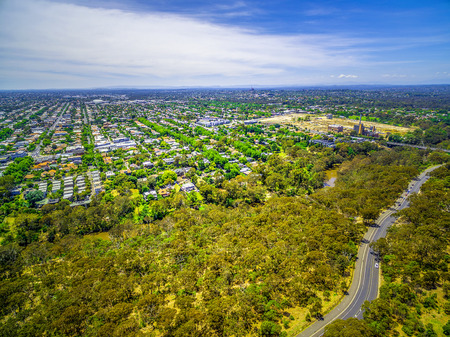Aerial view of Fairfield suburb and Yarra Boulevard, Melbourne, Australia 写真素材