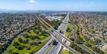 Typical road interchange in Melbourne suburbs - aerial panorama Stockfoto