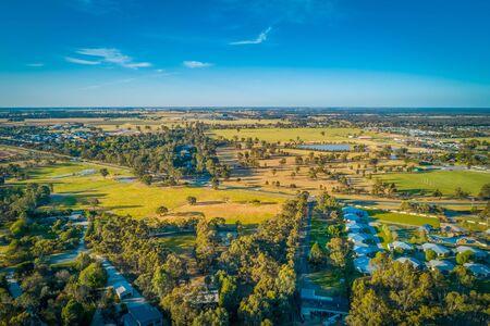 Scenic Australian countryside at sunset near Moama, NSW - aerial view Stockfoto