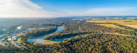 Murray River at sunset - aerial panorama Stockfoto