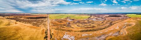 Agricultural land in Australian outback - wide aerial pano 스톡 콘텐츠