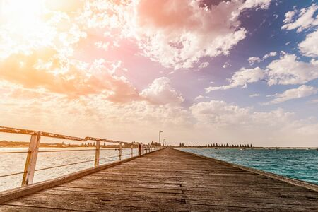 The Beachport Jetty is the second longest pier in South Australia 版權商用圖片