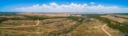 Wide aerial panorama of Canunda, South Australia 版權商用圖片 - 138380403