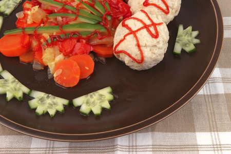 textil: meatballs served with garnish on textil close