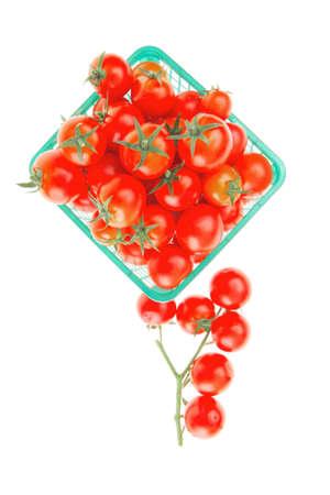 tomato cherry: raw tomato cherry in basket