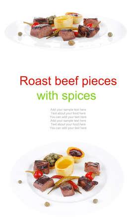 european food: europeo de alimentos: carnes a la brasa goulash en el plato blanco con pimienta, las alcaparras y las salsas Foto de archivo