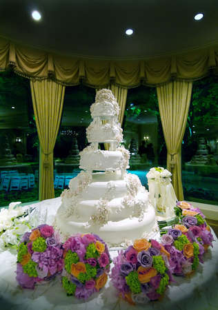 Image of an elaborate floral wedding cake Stock Photo