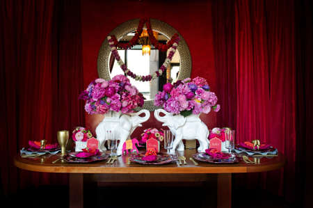 Afbeelding van een mooie tafel decor voor een Indische weding
