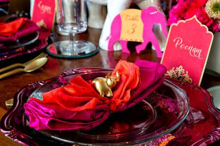 Afbeelding van de ceremonie is opgericht op Mandap voor een Indiase bruiloft Stockfoto