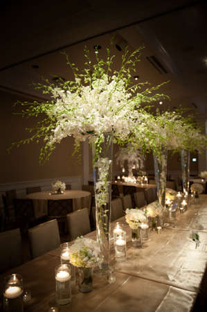 wedding table decor: Image of a beautifully decorated wedding venue