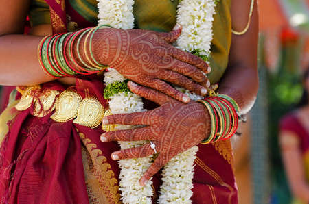 indian tattoo: Henna Tattoos on an Indian brides hands