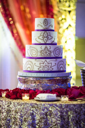 Image of a beautifully decorated Indian wedding cake Stok Fotoğraf