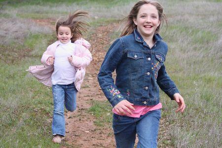 Chicas corriendo Foto de archivo - 4399523