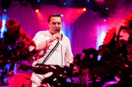 patton: American alternative band Faith no More performing live at Stadium club, Moscow, Russia.