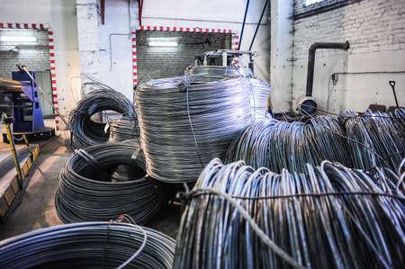 steel wire: Rolls of aluminum metal fittings (steel armature)